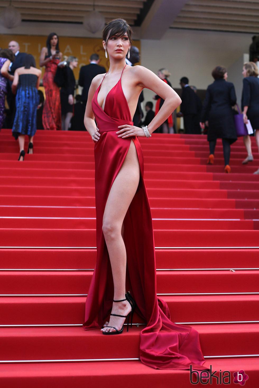 Bella Hadid en la premiere 'The Unknown girl' en el Festival de Cannes 2016