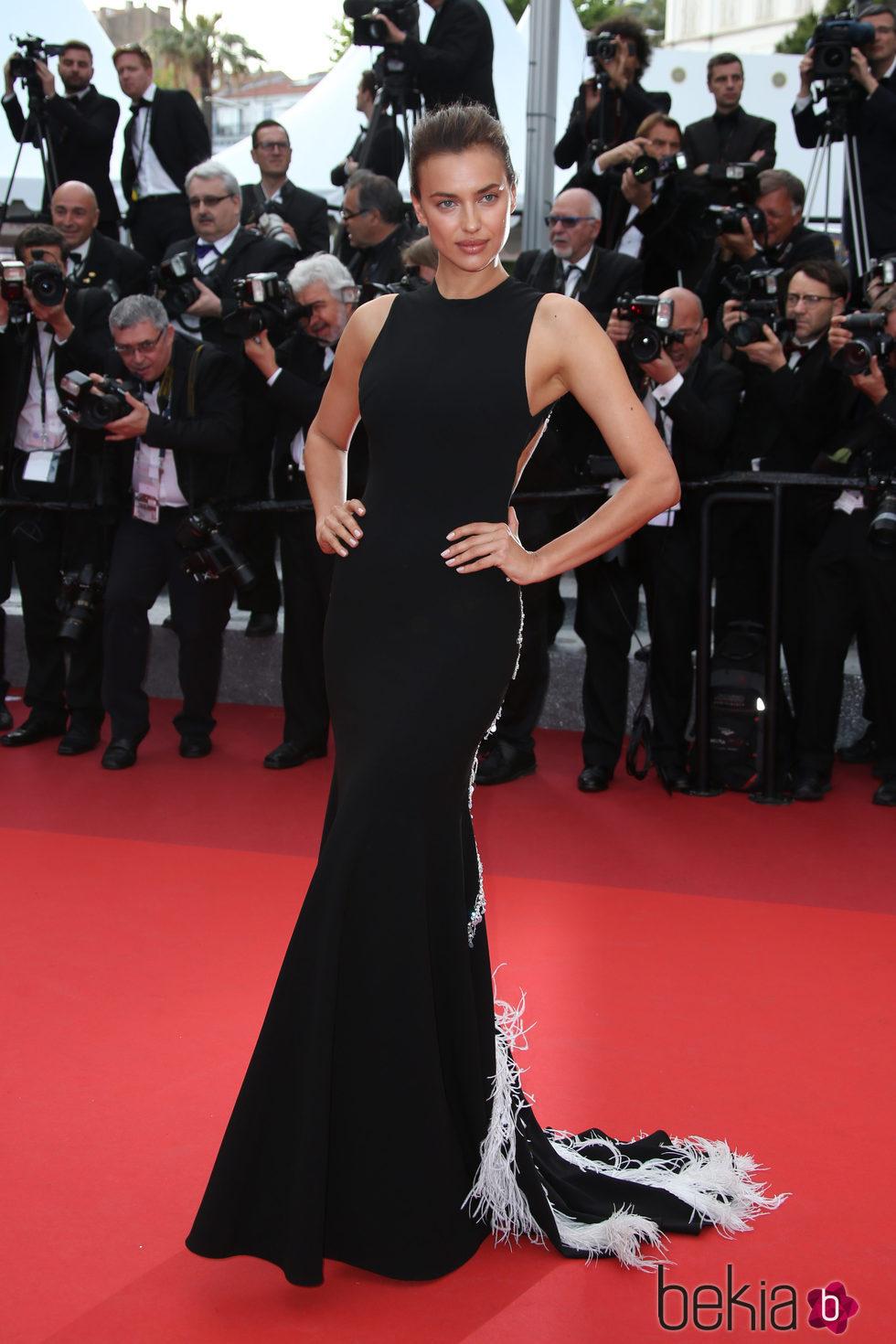 Irina Shayk en la premiere 'The Unknown girl' en el Festival de Cannes 2016