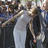 La Reina Letizia tiene un problema con el tacón en Talavera de la Reina