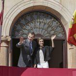 Los Reyes Felipe y Letizia saludan en Villanueva de los Infantes