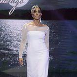 Raquel Bollo desfilando vestida de novia en la Sálvame Fashion Week 2016