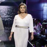 Terelu Campos desfilando vestida de novia en la Sálvame Fashion Week 2016