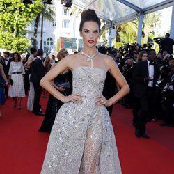 Alessandra Ambrosio en el estreno de 'The last face' en Cannes 2016