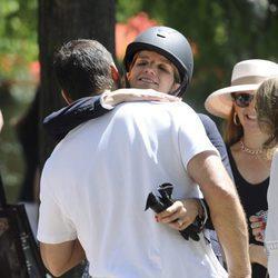 Luis Alfonso de Borbón y Margarita Vargas abrazándose en el CSI5 de Madrid 2016