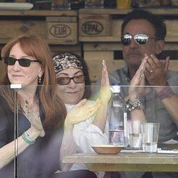 Bruce Springsteen viendo a su hija Jessica Springsteen en el CSI5 de Madrid 2016