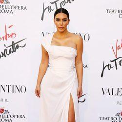 Kim Kardashian en el estreno de 'La Traviata'  en Roma