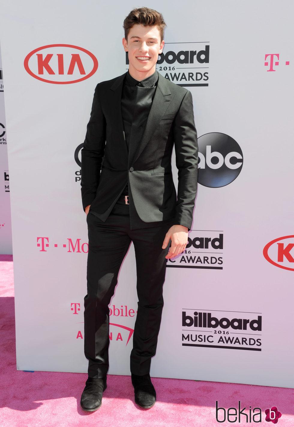 Shawn Mendes en los Premios Billboard 2016