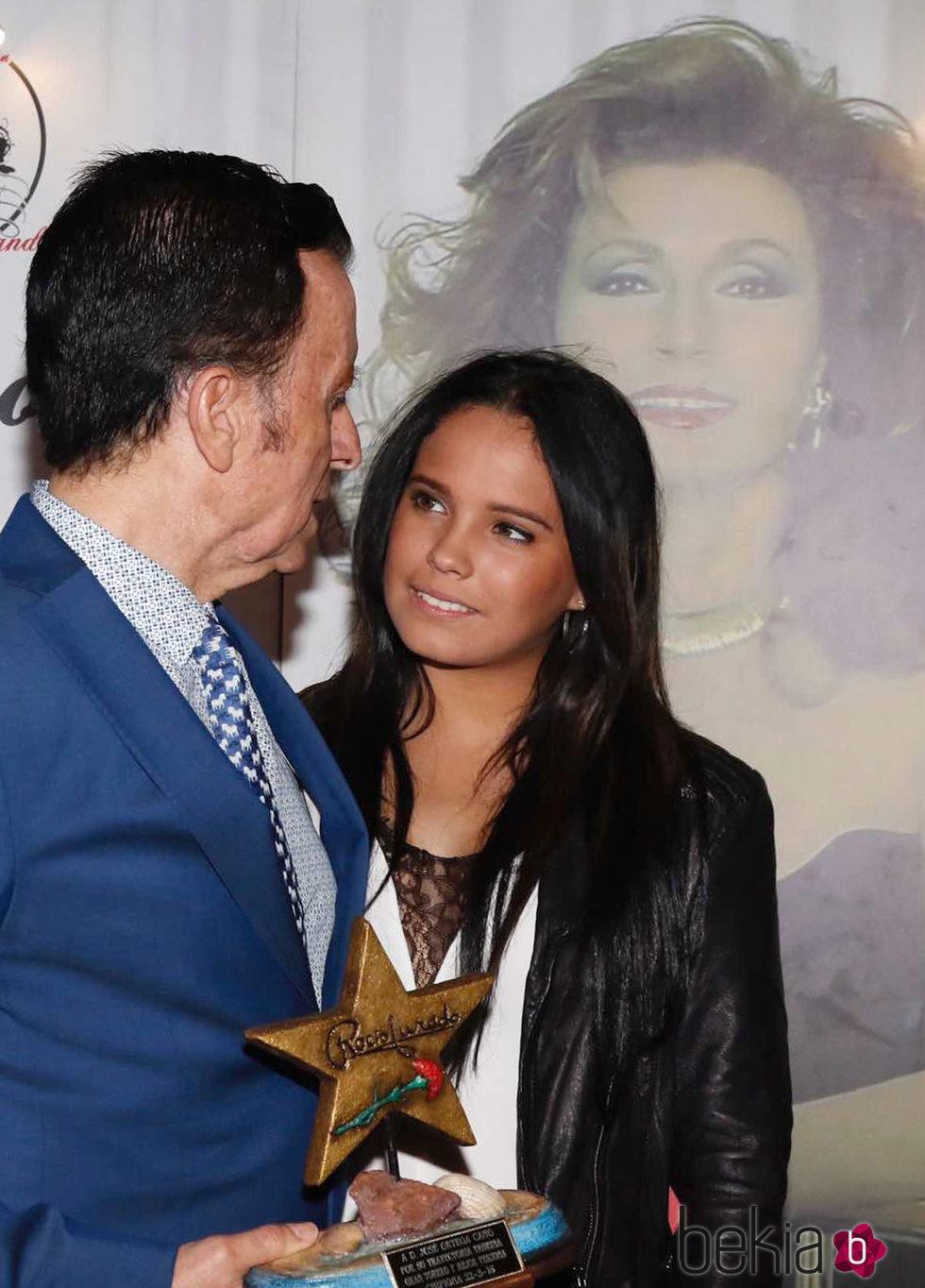 José Ortega Cano y su hija Gloria Camila en los premios 'Estrella a la más grande' en Chipiona 2016