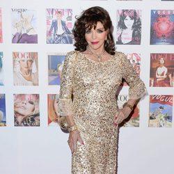 Joan Collins en la fiesta del 100 aniversario de Vogue en Londres