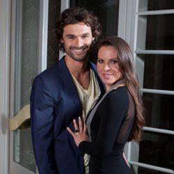 Iván Sánchez y Kate del Castillo durante la promoción de 'La reina del sur'