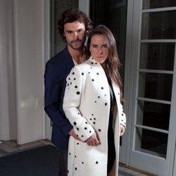 Iván Sánchez y Kate del Castillo promocionando 'La reina del sur' en Beverly Hills