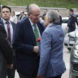 El Rey Juan Carlos saluda a Jaime Ostos en la Feria de San Isidro 2016