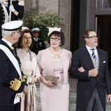 Carlos Gustavo y Silvia de Suecia con Ewa y Olle Westling en el bautizo de Oscar de Suecia