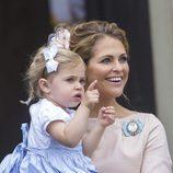 La princesa Magdalena de Suecia con su hija Leonor en el bautizo de Oscar de Suecia