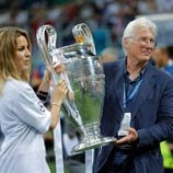 Richard Gere y Alejandra Silva en la final de la Champions League 2016