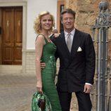 Eva Herzigová y Gregorio Marsiai durante la boda de Alejandro Santo Domingo y Charlotte Wellesley
