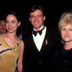 Francis O'Connor, Hugh Jackman y Deborra-Lee Furness en los Australian Film Industry Awards 1997