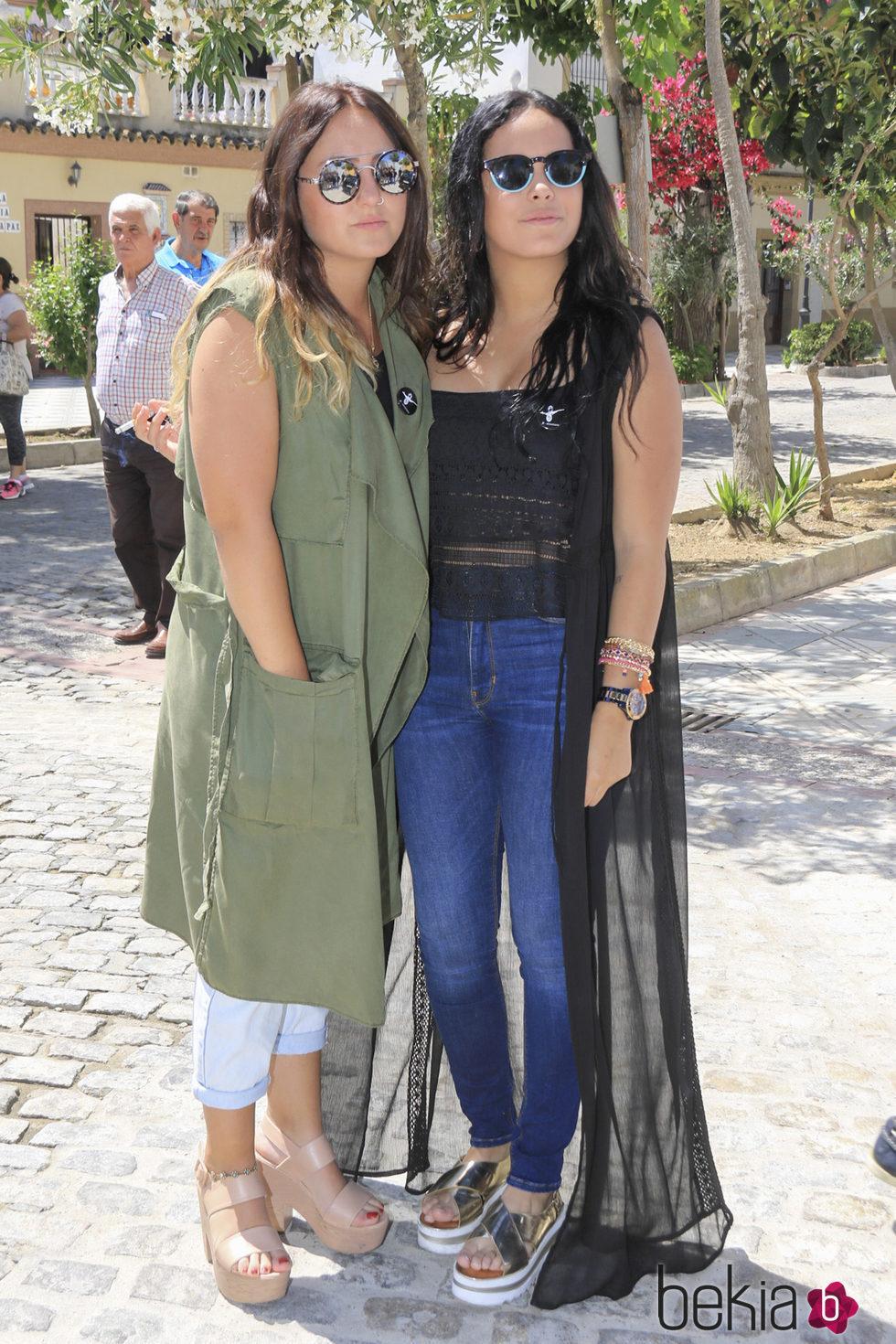 Rocío Flores y Gloria Camila en el 10 aniversario de la muerte de Rocío Jurado