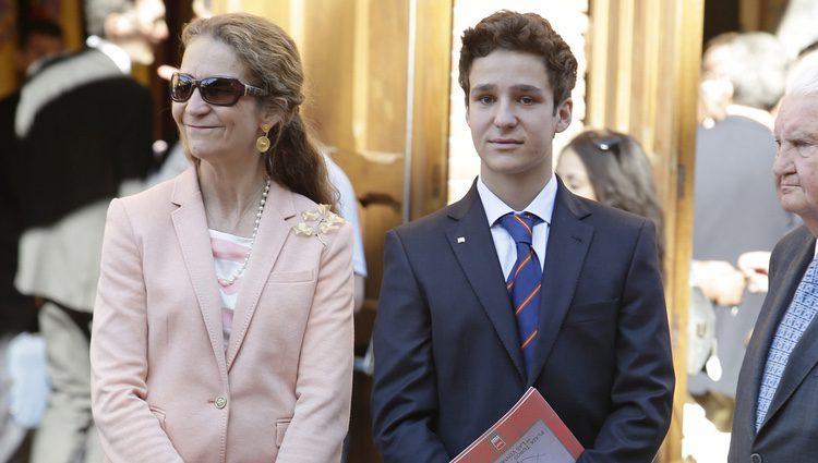 La Infanta Elena y Froilán en la corrida de la Beneficencia 2016