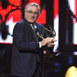 Robert De Niro galardonado en la gala de los Guys Choice 2016