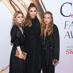 Las tres hermanas Olsen reunidas en los CFDA Fashion Awards 2016