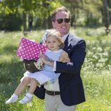 Chris O'Neill con hija Leonor de Suecia en Gotland