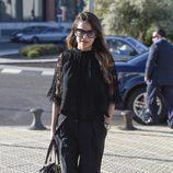 Mónica Hoyos en el funeral del hermano de Ivonne Reyes