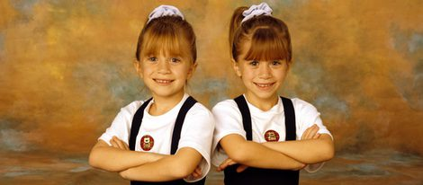 Mary-Kate y Ashley Olsen durante el rodaje de 'Padres Forzosos'
