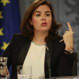 Soraya Sáenz de Santamaría durante una rueda de prensa en el Palacio de la Moncloa