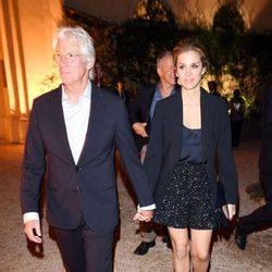 Richard Gere y Alejandra Silva paseando por Roma cogidos de la mano