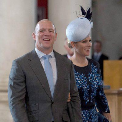 Mike Tindall y Zara Phillips en la misa por los 90 cumpleaños de la Reina Isabel