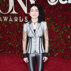 Emily Estefan en los Premios Tony 2016