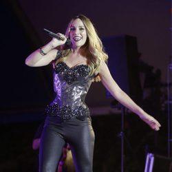 Edurne durante su concierto en Torrejón Ardoz con su gira 'Adrenalina'