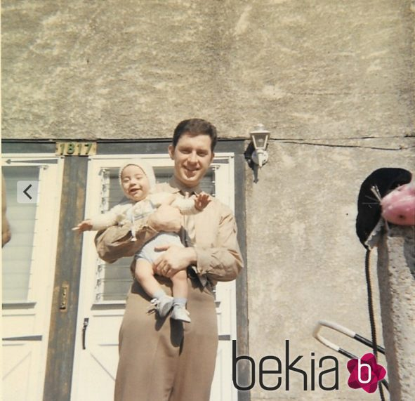 Jimmy Kimmel junto a su padre cuando era pequeño