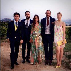 Adriana Abenia,  Sergio Abad, Nacho Montes, Carmen Alcayde y Antonio Rossi en la boda de Álvaro de la Lama y Emilia Alfaro