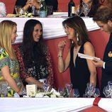 Carolina de Mónaco charla con Tatiana Santo Domingo, Alexandra de Hannover y Andrea Casiraghi en el concurso de saltos de Monte-Carlo 2016