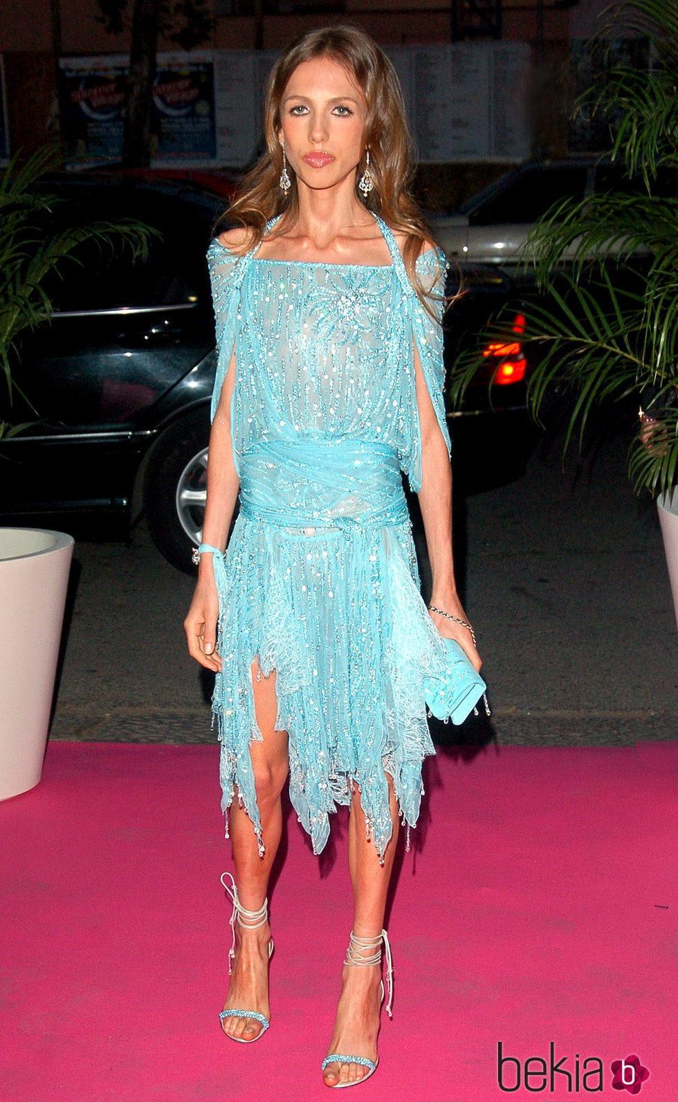 Allegra Beck Versace llegando a la fiesta de su 18 cumpleaños