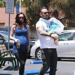 Megan Fox y Brian Austin Green de paseo por California