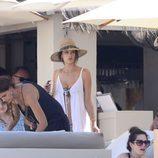Alessandra Ambrosio de vacaciones en Ibiza