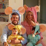 Shakira y Piqué con sus hijos Sasha y Milan