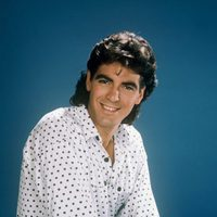 George Clooney como George Burnett en 'The Facts of Life'