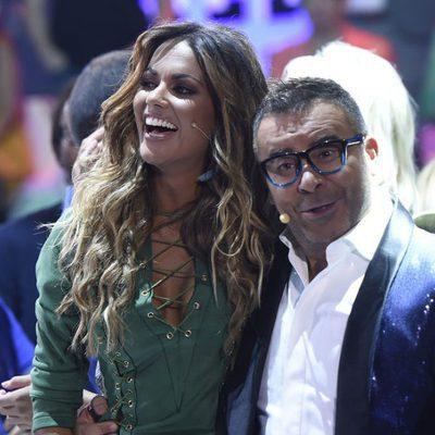 Lara Álvarez y Jorge Javier Vázquez celebrando la victoria de Jorge Díaz