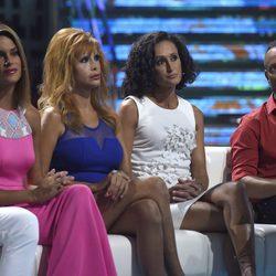 Carla Barber, Yurena, Dulce y Víctor Sandoval en el plató de 'Supervivientes'