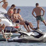 Cristiano Ronaldo con sus amigos en su yate