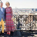Felipe y Matilde de Bélgica posan en el Museo de Instrumentos Musicales de Bruselas