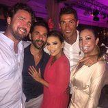 Eva Longoria y Cristiano Ronaldo con amigos en Ibiza