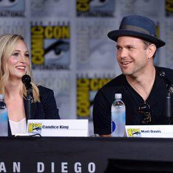 Candice King y Matt Davis en la Comic-Con de San Diego 2016