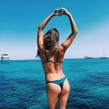 Laura Matamoros luce trasero en la playa