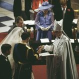 El Príncipe Carlos y Lady Di durante su boda en 1981