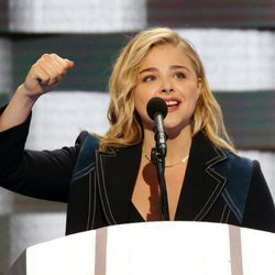 La actriz Chloe Moretz en la Convención Demócrata de Hillary Clinton